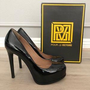 Pour La Victoire Irina Pumps in Black Patent Sz8.5